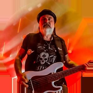 Ralf Calmbach Bass Guitar