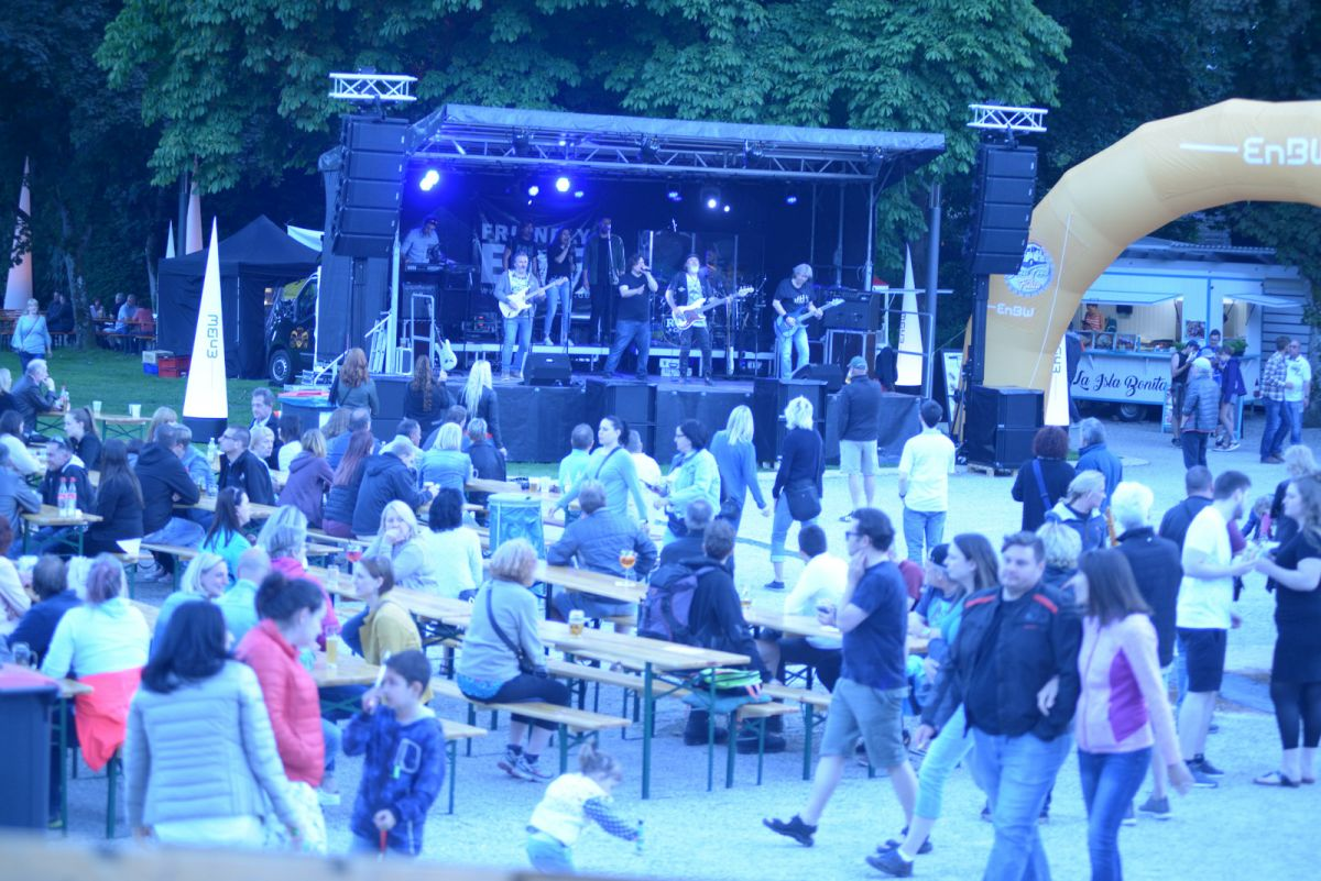 Friendly Elf Band Stuttgart Heilbronn Ludwigsburg Bad Liebenzell Lichterfest