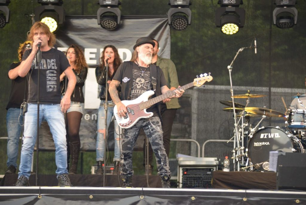 Friendly Elf Band Stuttgart Heilbronn Ludwigsburg Ellhofen Route 39 Biker Days