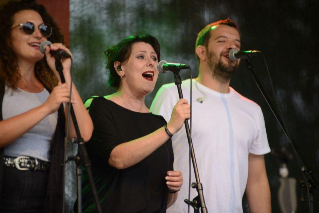 Friendly Elf Band Stuttgart Heilbronn Ludwigsburg Oehringen Sommerfestival im Hofgarten